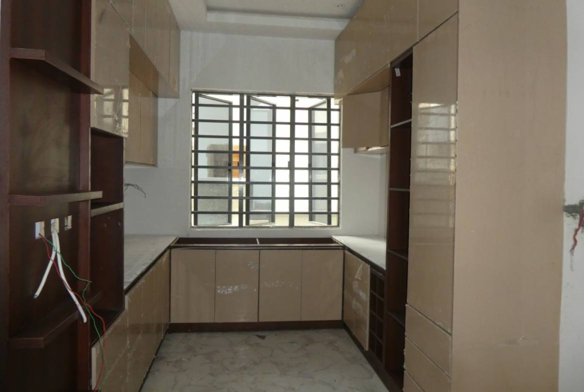 5 Bedroom Mansion with Rop Top Terrace for Sale in Ikale Lekki Lagos-Nigeria Property Finder-KAAN Properties Limited